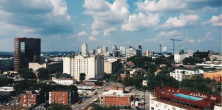 Nashville, TN (Photo by: Marshall Evan | twenty20.com)