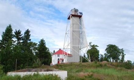 An Inspiring Opportunity — The Artist in Residence Program at Porphyry Island Lighthouse