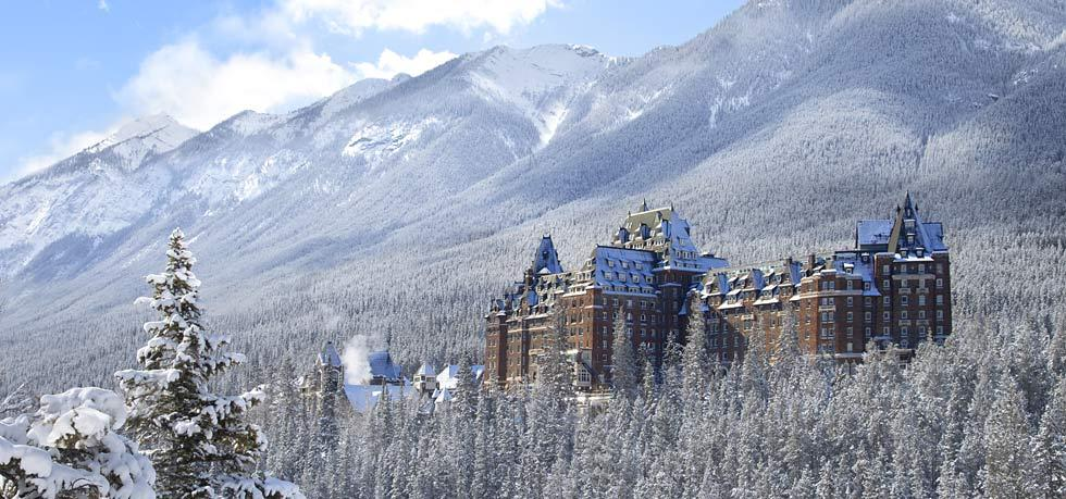 Fairmont Banff Springs •7 Reasons Why You NEED to Visit Banff National Park | The Wanderful Me