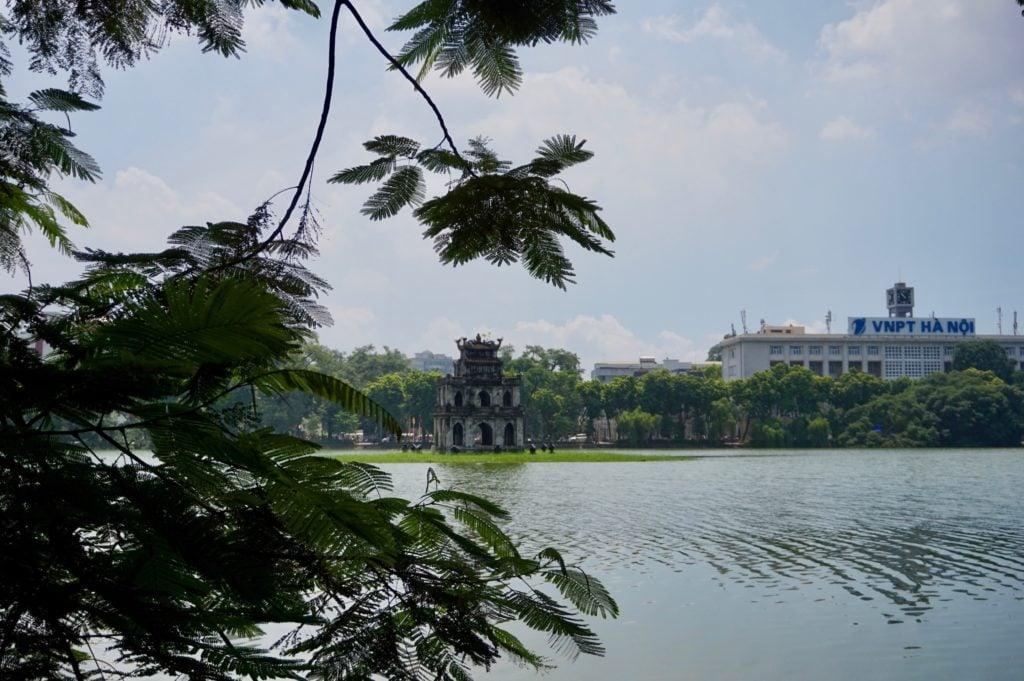 Hoàn Kiem Lake • 10 Things to Do in Hanoi | The Wanderful Me