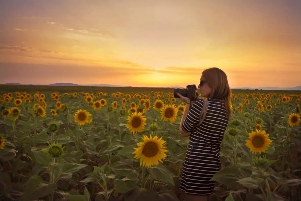How To Become a Travel Photography by Lisa Michele Burns of The Wandering Lens
