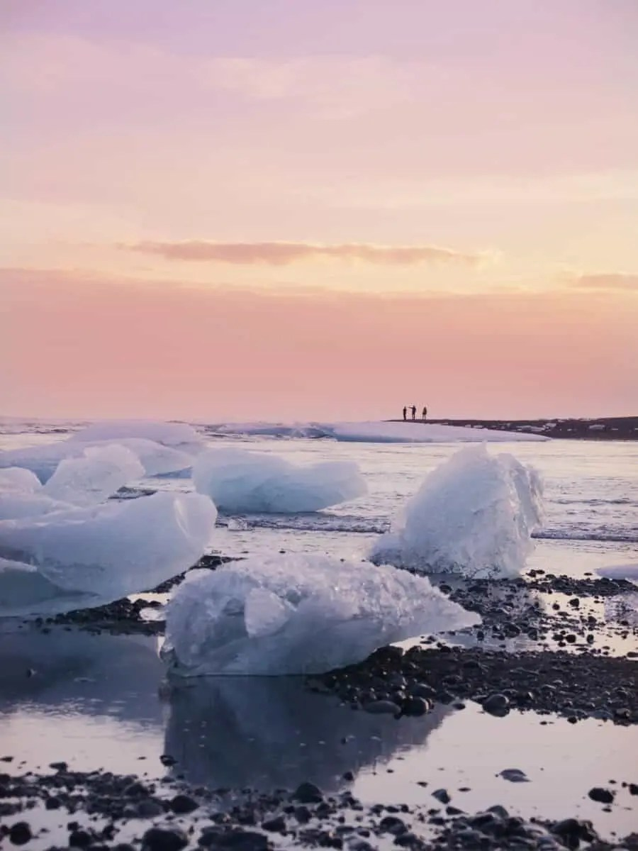 Experience The Magic Of Jokulsarlon Lagoon Iceland The Wandering