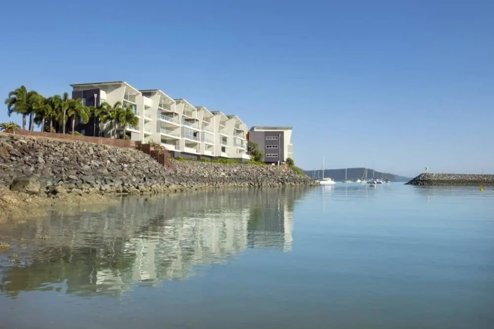Where to stay in Airlie Beach? The Peninsula Airlie Beach Apartments, Queensland