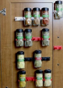 Organize your spices with spice grippers
