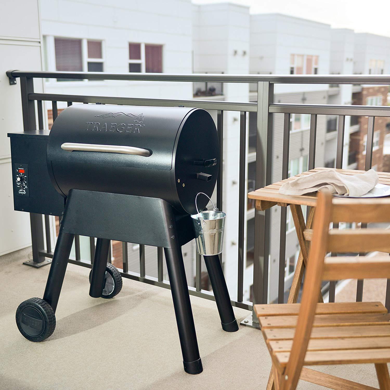 Traeger portable wood pellet grill 2