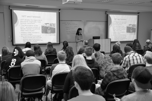 Students taking notes during the lecture. Alyssa Brown / The Watchdog