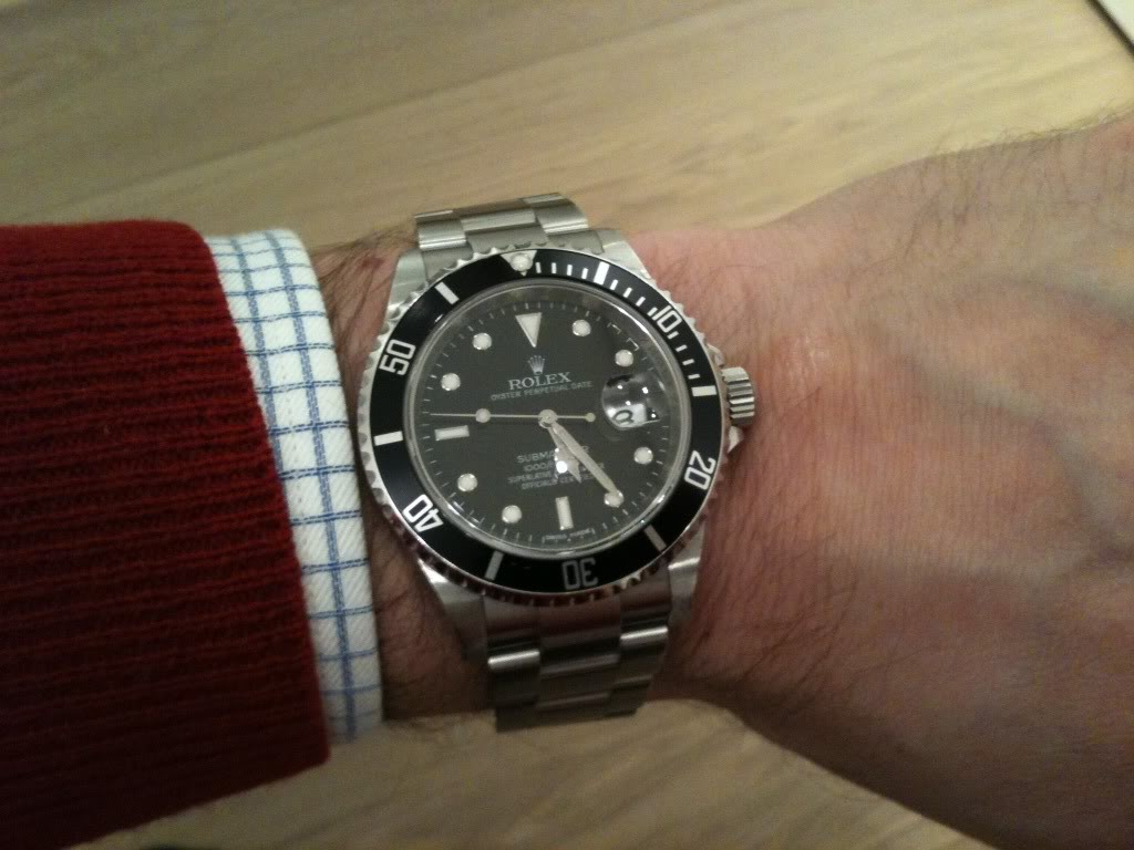 dating match rolex submariner date