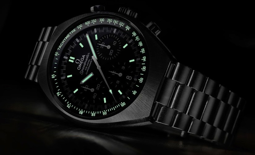 Omega Speedmaster Mark II Review glow