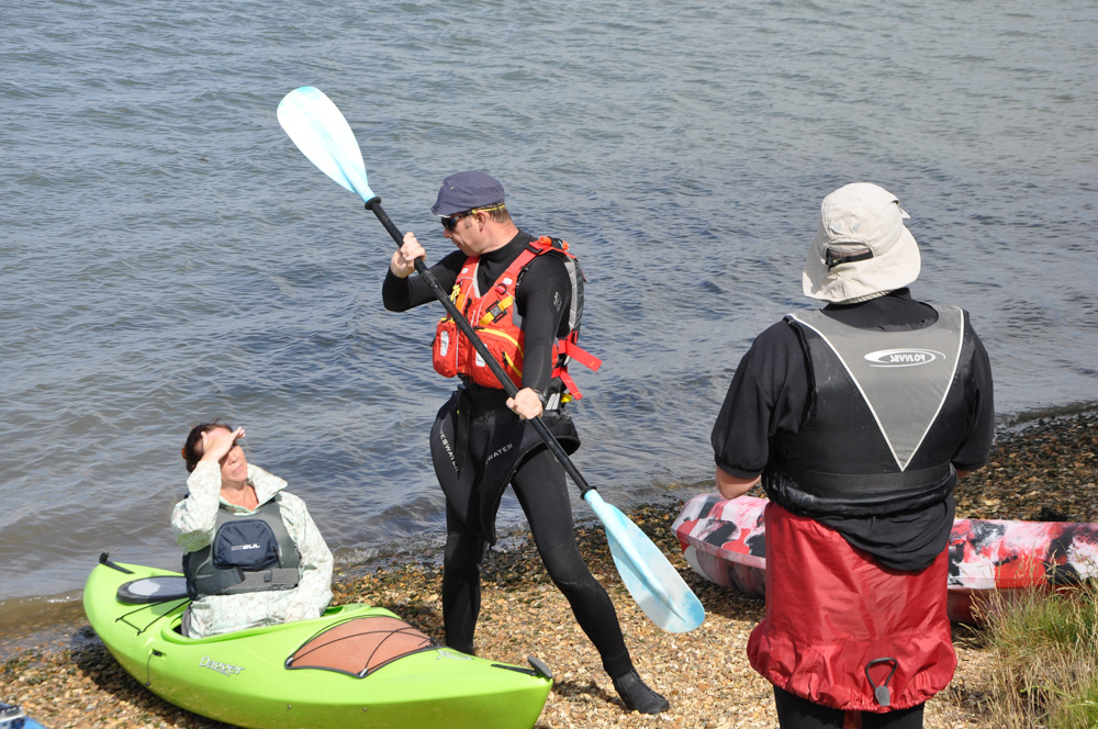 Instruction on the skills of paddling