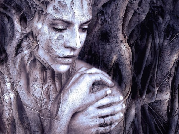 Hekate the Distant One