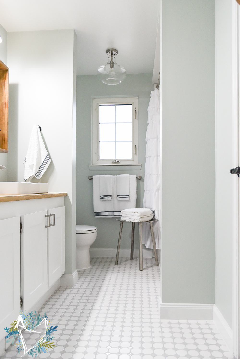 These Tips For Renovating A Bathroom Will Save You Thousands