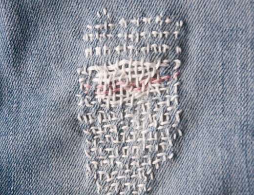 How to weave a patch (aka darning)
