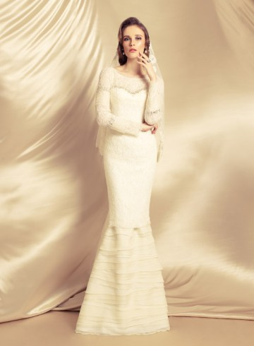 Innai Red – Ethereal Whites Collection. www.theweddingnotebook.com