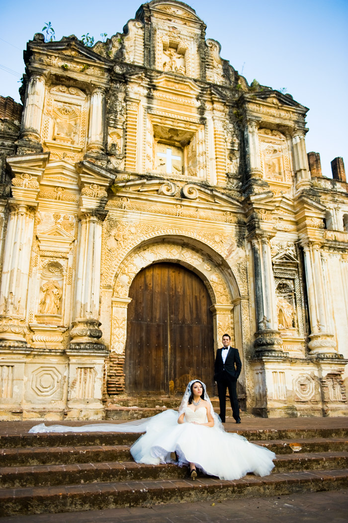 Destination wedding at Guatemala. Jenny Sun Photography. www.theweddingnotebook.com