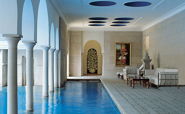 The Oberoi Amarvilas, Agra - 25 Must-See Honeymoon Resorts In Asia. www.theweddingnotebook.com