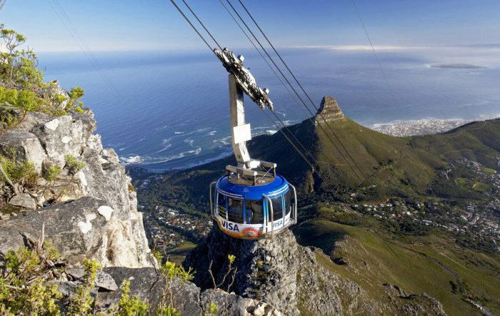 Table Mountain, South Africa. Honeymoon itimerary for South Africa. www.theweddingnotebook.com