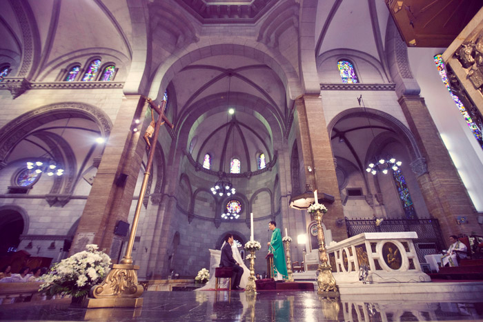 Manila Cathedral, Ph. Photo by Metrophoto. www.theweddingnotebook.com