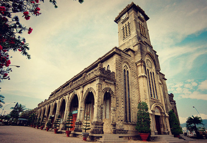 25 Stunning Cathedrals And Chapels In Asia – Nha Trang Stone Church, Vn