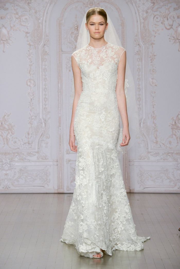 Stella and Odette shoe – Monique Lhuillier Fall 2015 Bridal Collection. www.theweddingnotebook.com