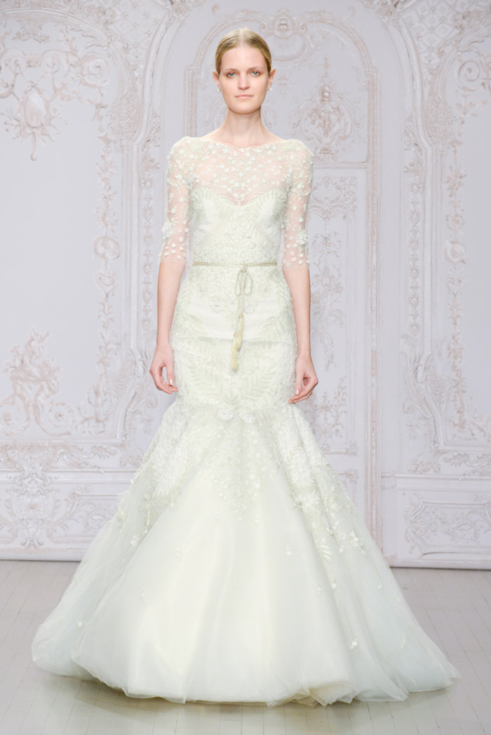 Frost and Belle shoe – Monique Lhuillier Fall 2015 Bridal Collection. www.theweddingnotebook.com