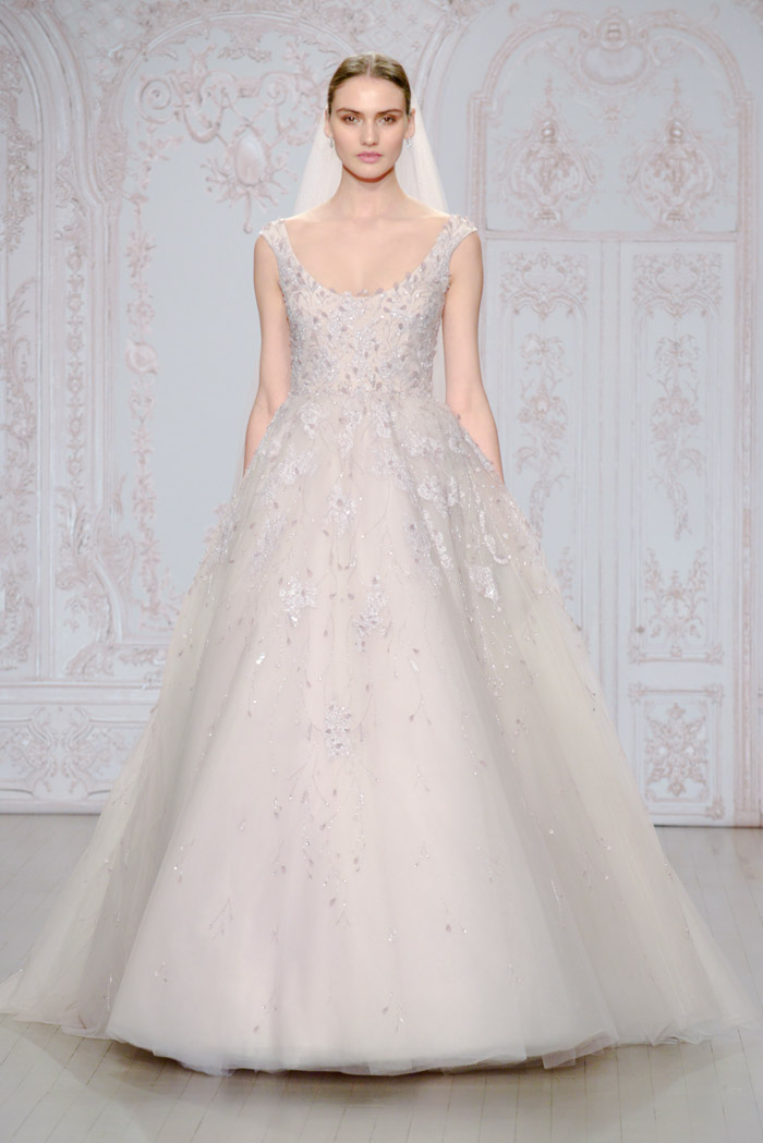 Moonlit and Avril shoe – Monique Lhuillier Fall 2015 Bridal Collection. www.theweddingnotebook.com