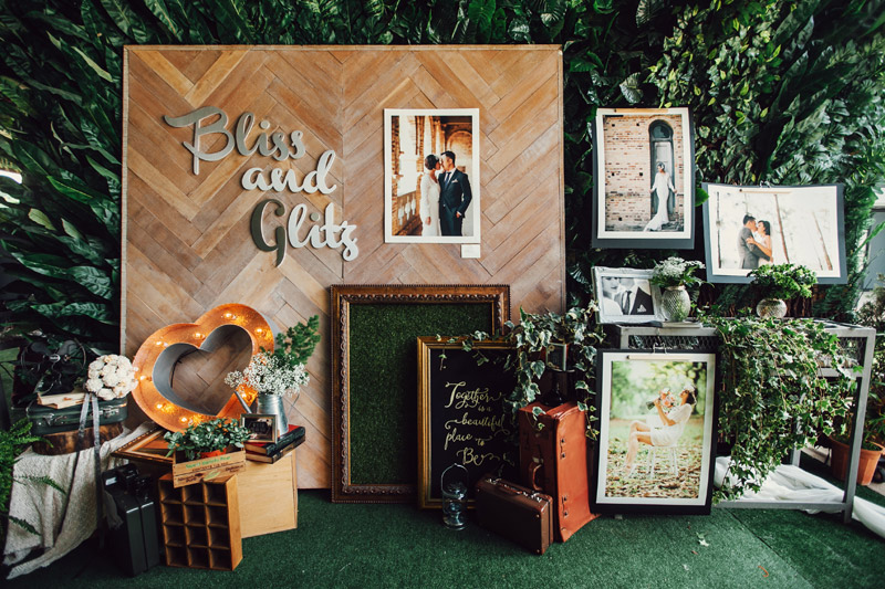 Photo by Funkydali and NDrew Photography. Styling by Bliss and Glitz. www.theweddingnotebook.com