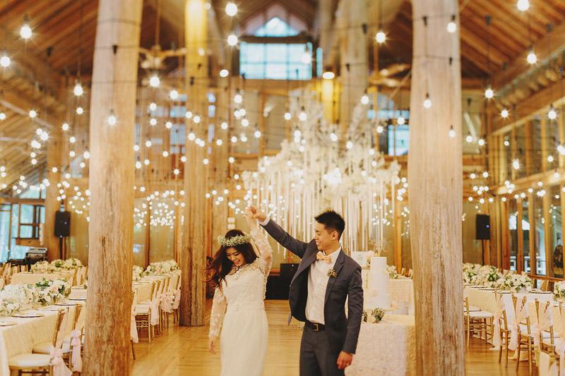 Wedding in Tanarimba, Janda Baik. Photo by Jonathan Ong. www.theweddingnotebook.com