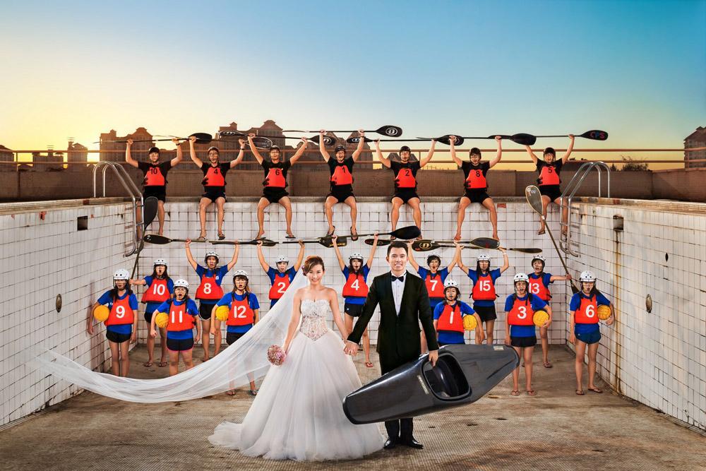 Photo by Raymond Phang Photography. www.theweddingnotebook.com