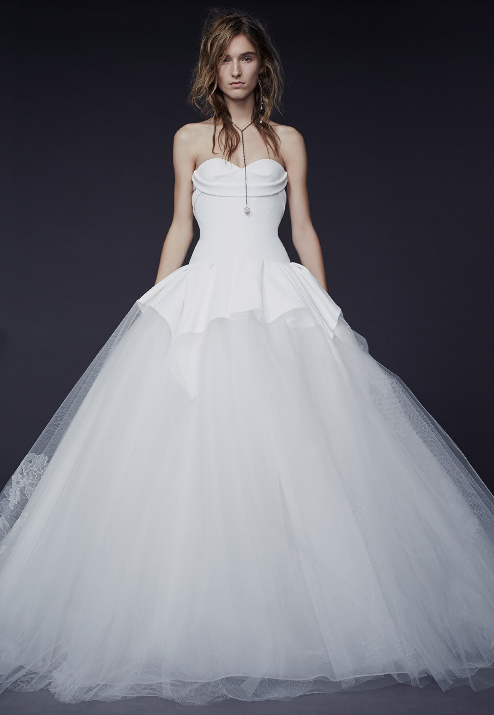Penelope – Vera Wang Fall 2015 Collection. www.theweddingnotebook.com