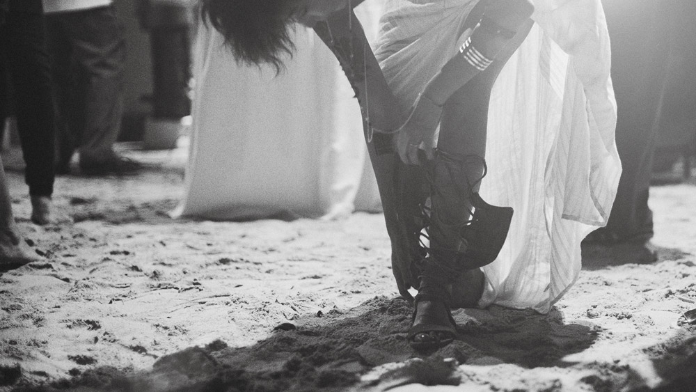 Photo by thegaleria. www.theweddingnotebook.com