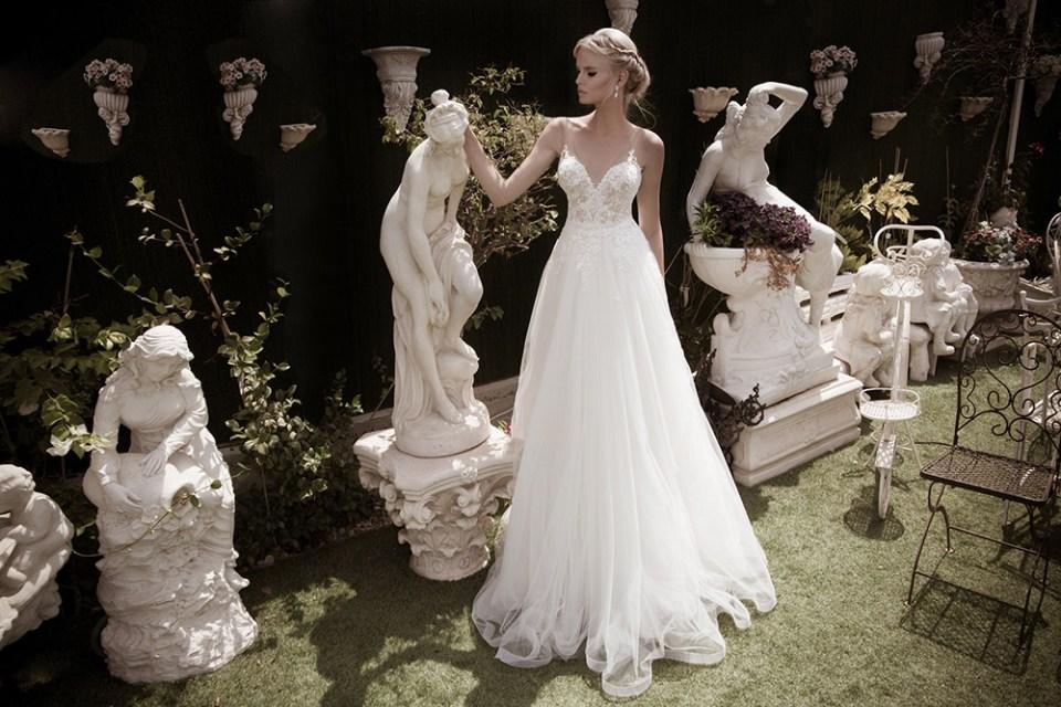 Devine – Naama And Anat 2016 Bridal Collection. www.theweddingnotebook.com