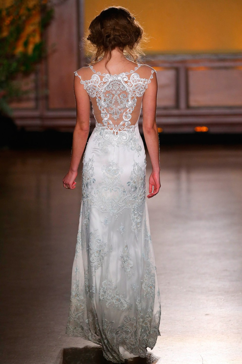 Claire Pettibone 2016 Bridal Collection. www.theweddingnotebook.com