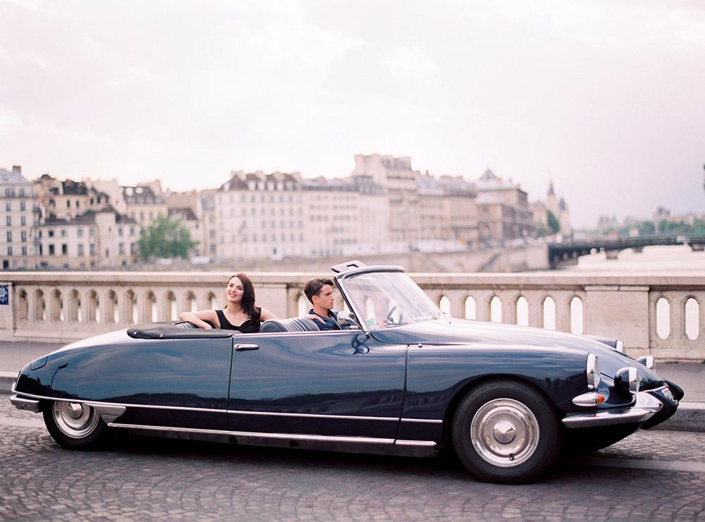 Photo by Le Secret d'Audrey Paris. www.theweddingnotebook.com