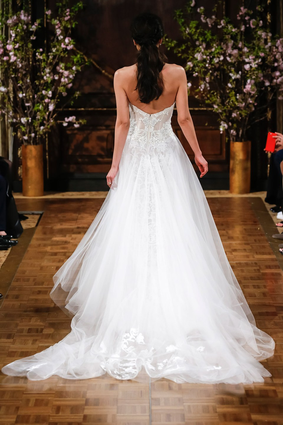 Stevie - Isabelle Armstrong Spring 2017 Bridal Collection. www.theweddingnotebook.com