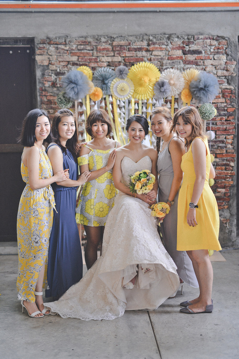 Yellow and grey themed wedding. Andrew Yep Photographie. www.theweddingnotebook.com