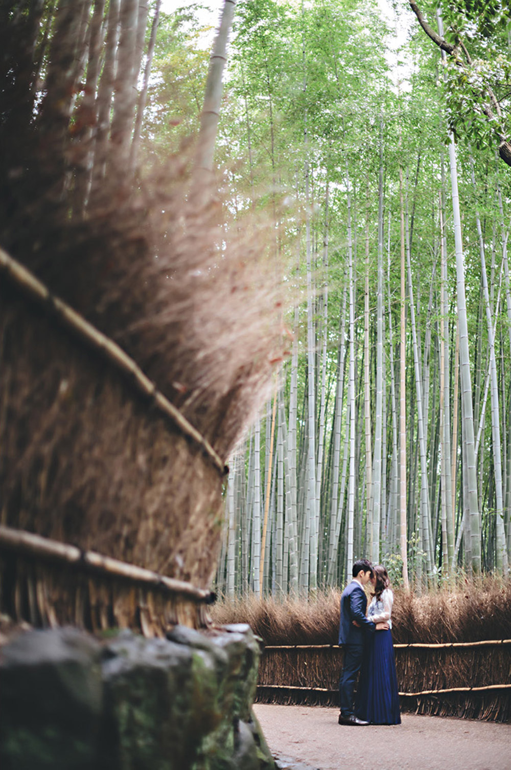 Arashiyama Bamboo Grove, Kyoto. Photo by History Studio. www.theweddingnotebook.com