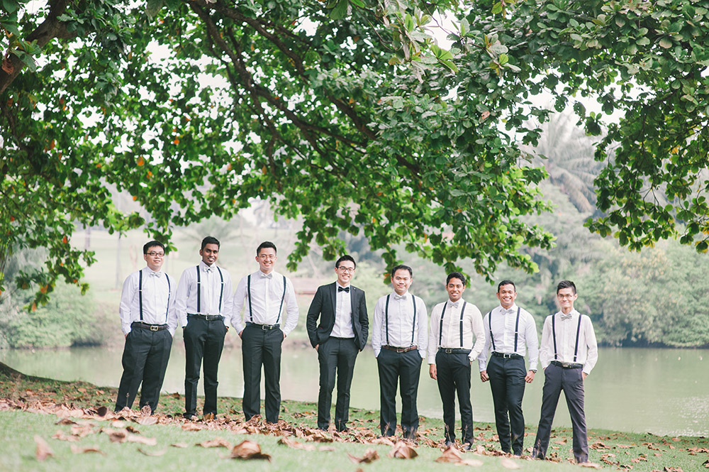 Bestmen. Munkeat Photography. www.theweddingnotebook.com