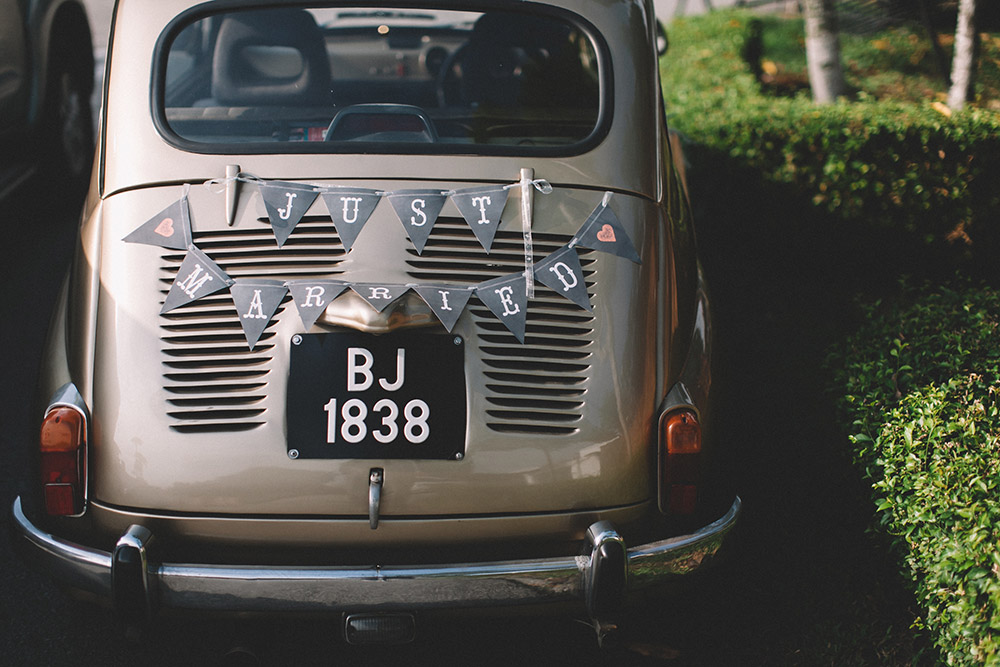 Just married, wedding car decor. Photo by Arch and Vow Studio. www.theweddingnotebook.com