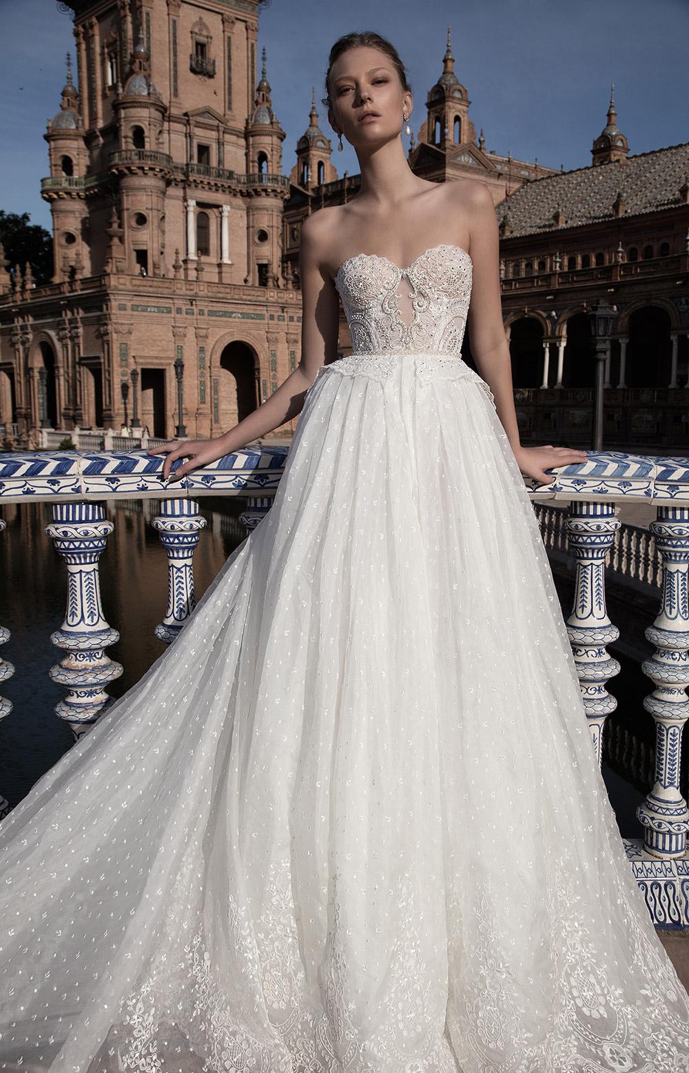 ANASTASIA - Alon Livne 2017 Bridal Collection. www.theweddingnotebook.com