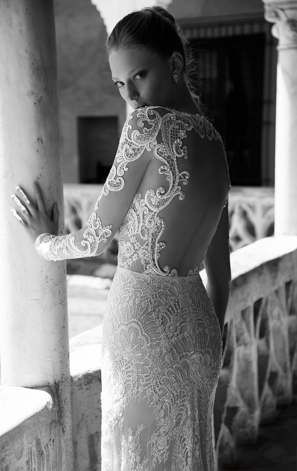 CAROLINE - Alon Livine 2017 Bridal Collection. www.theweddingnotebook.com