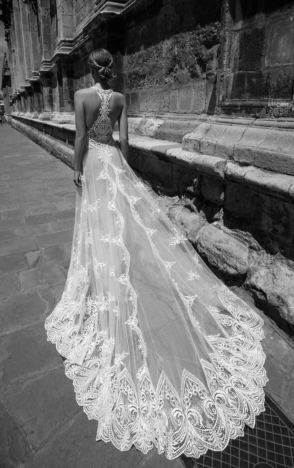 TAYLOR - Alon Livne 2017 Bridal Collection. www.theweddingnotebook.com