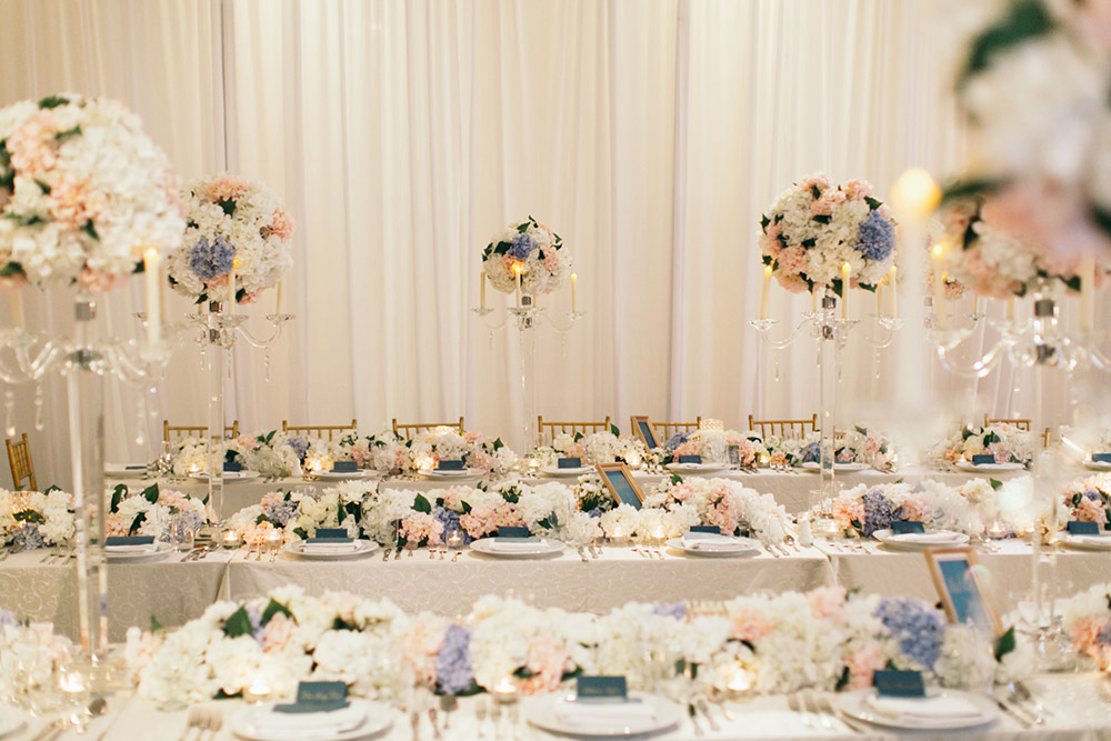 Photo by Fabulous Moments. www.theweddingnotebook.com