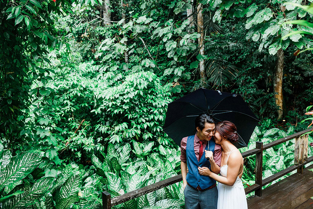 Photo by Harvard Wang Photography. www.theweddingnotebook.com