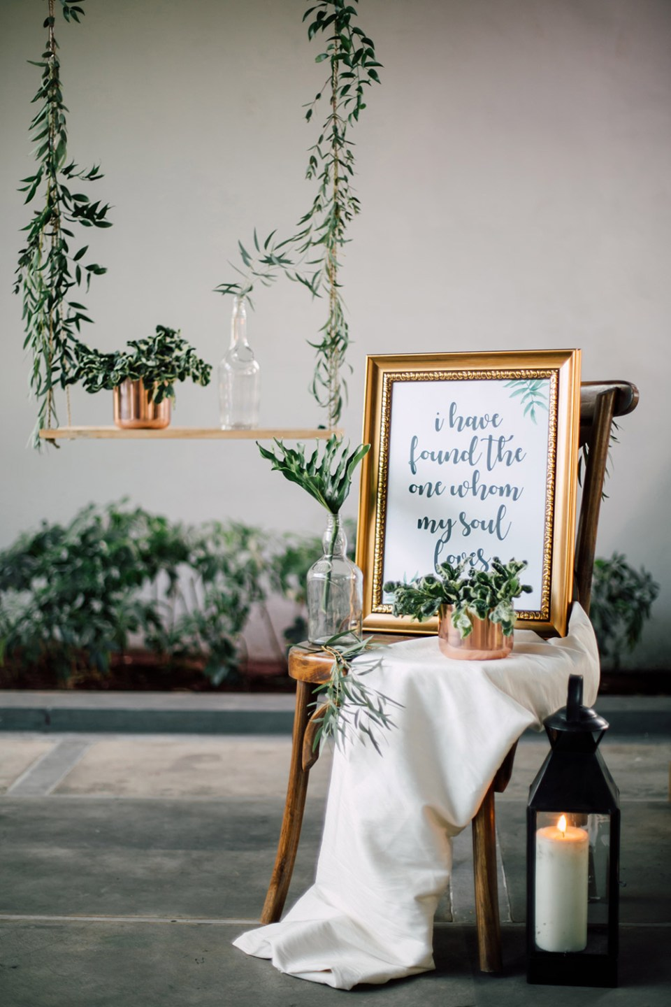 Photo by Fire, Wood & Earth Photography. www.theweddingnotebook.com