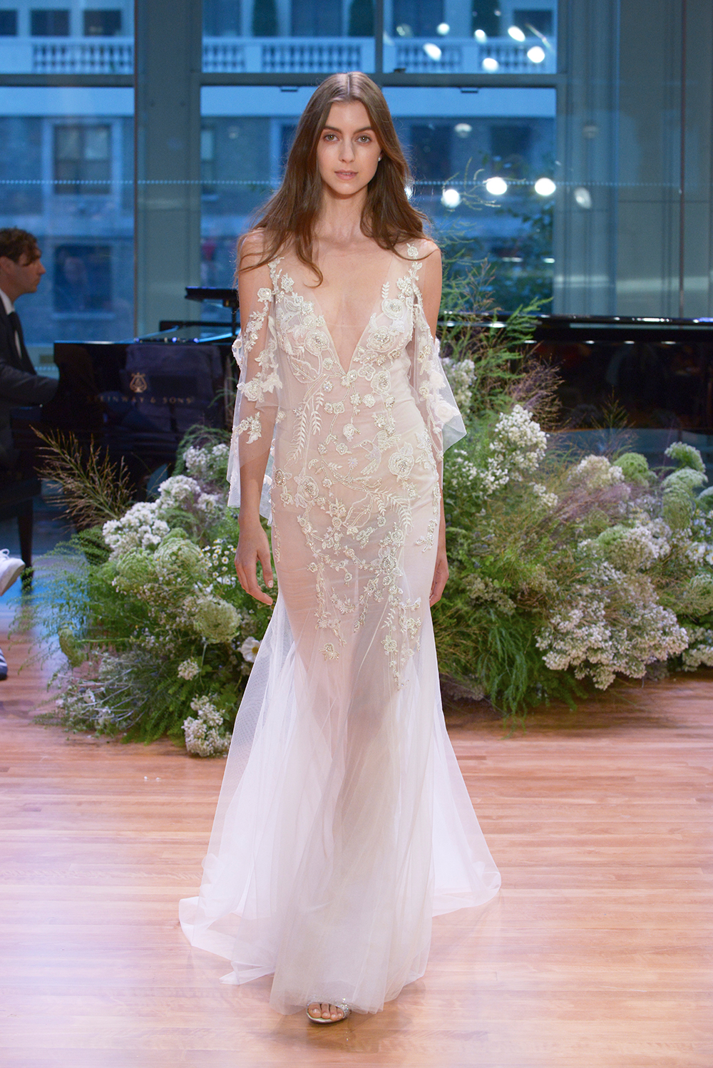 Allegra - Monique Lhuillier Fall 2017 Bridal Collection. www.theweddingnotebook.com