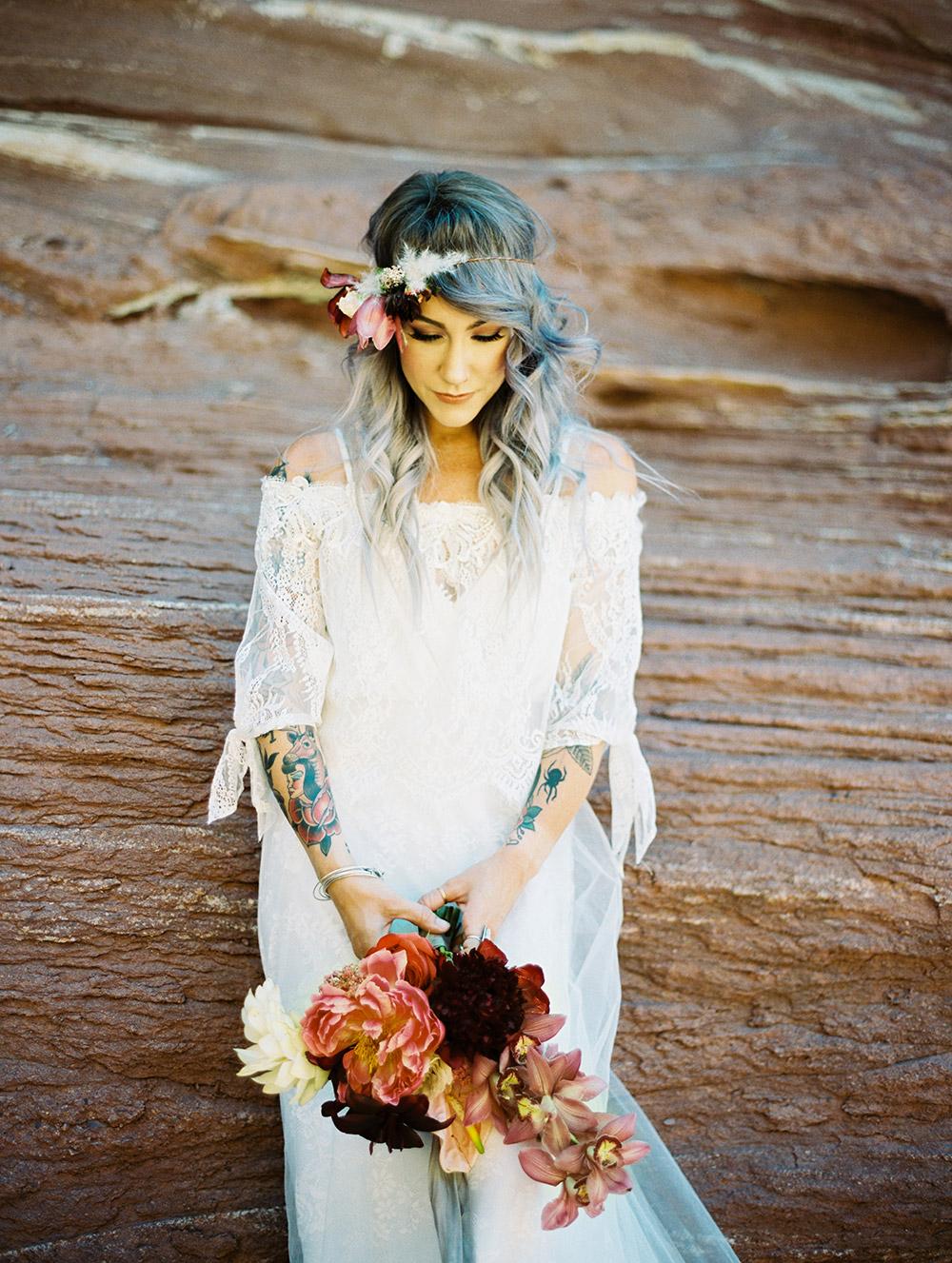 Aria - Wilderly Bride by Allure Bridals Spring 2018 Collection. www.theweddingnotebook.com