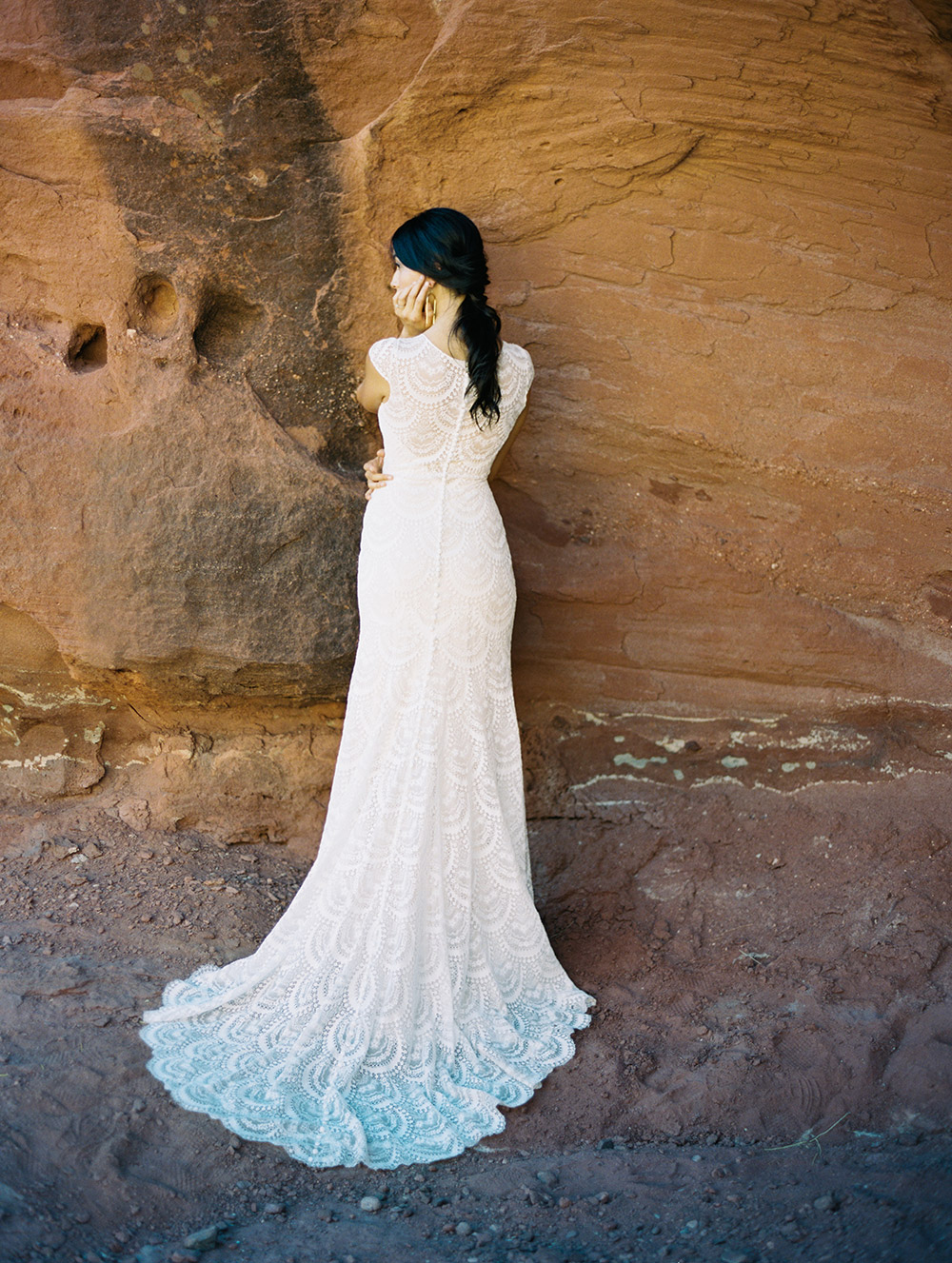 Fern - Wilderly Bride by Allure Bridals Spring 2018 Collection. www.theweddingnotebook.com