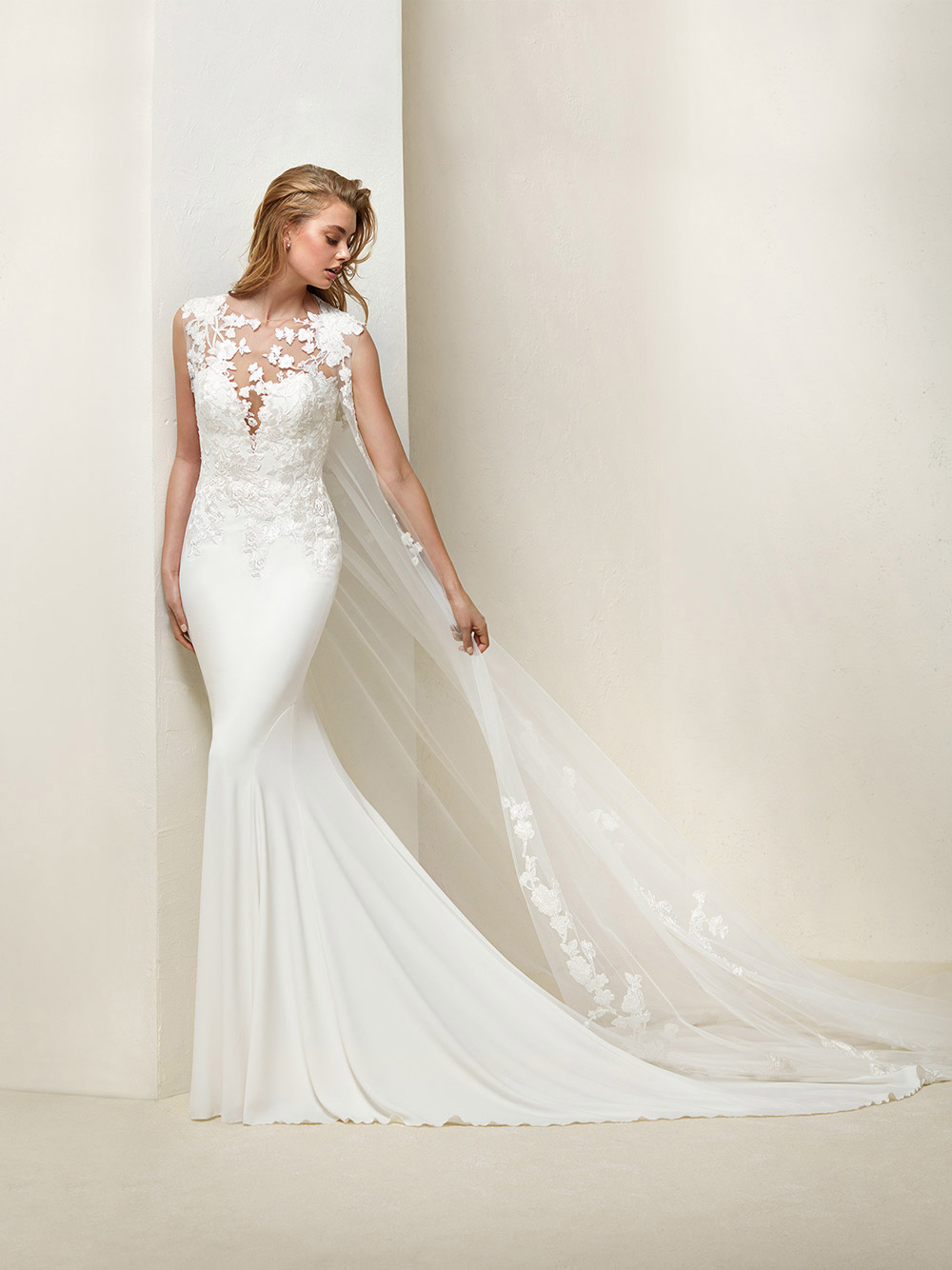 Drail - Pronovias 2018 Bridal Collection. www.theweddingnotebook.com