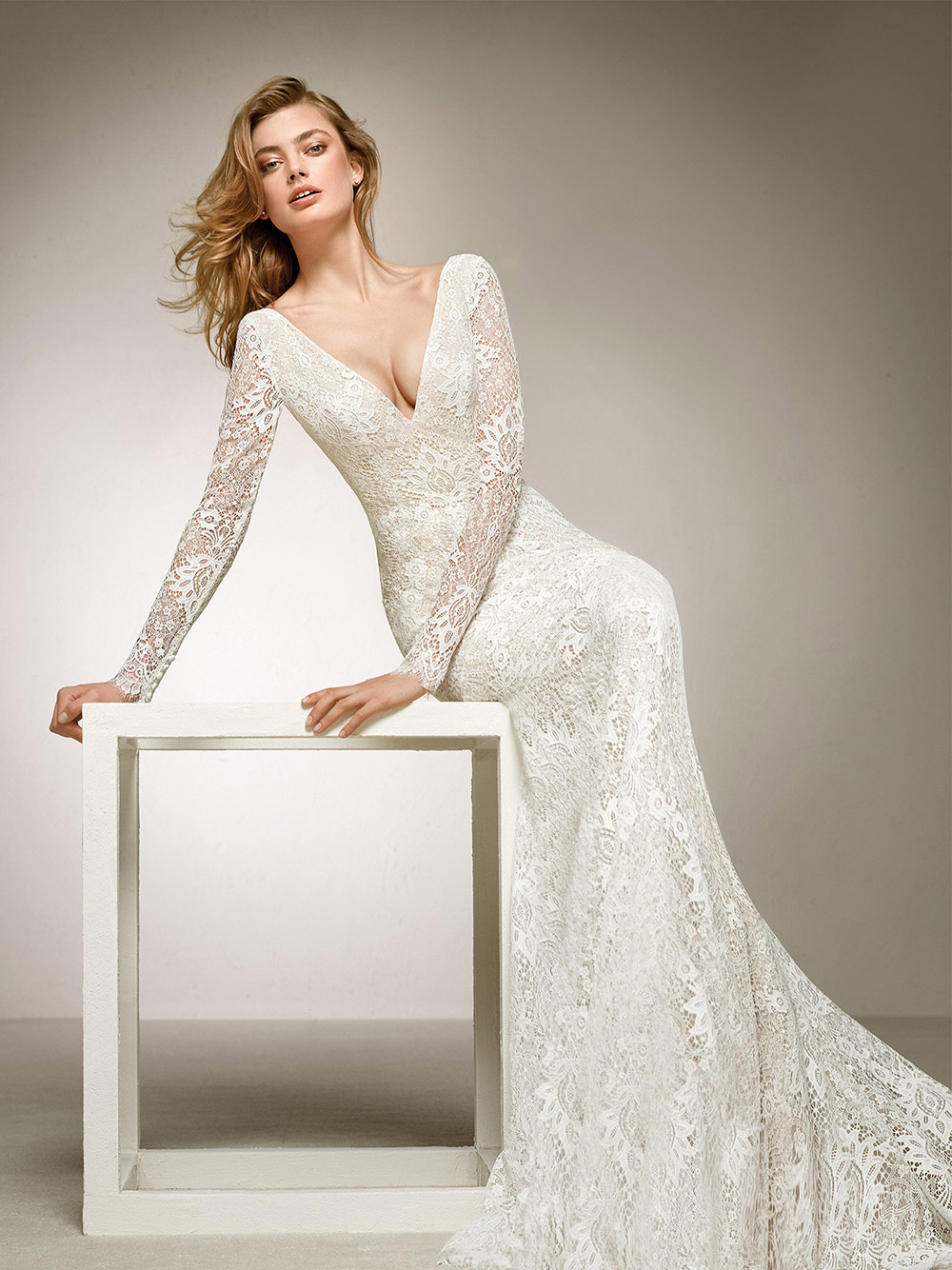 Dances - Pronovias 2018 Bridal Collection. www.theweddingnotebook.com