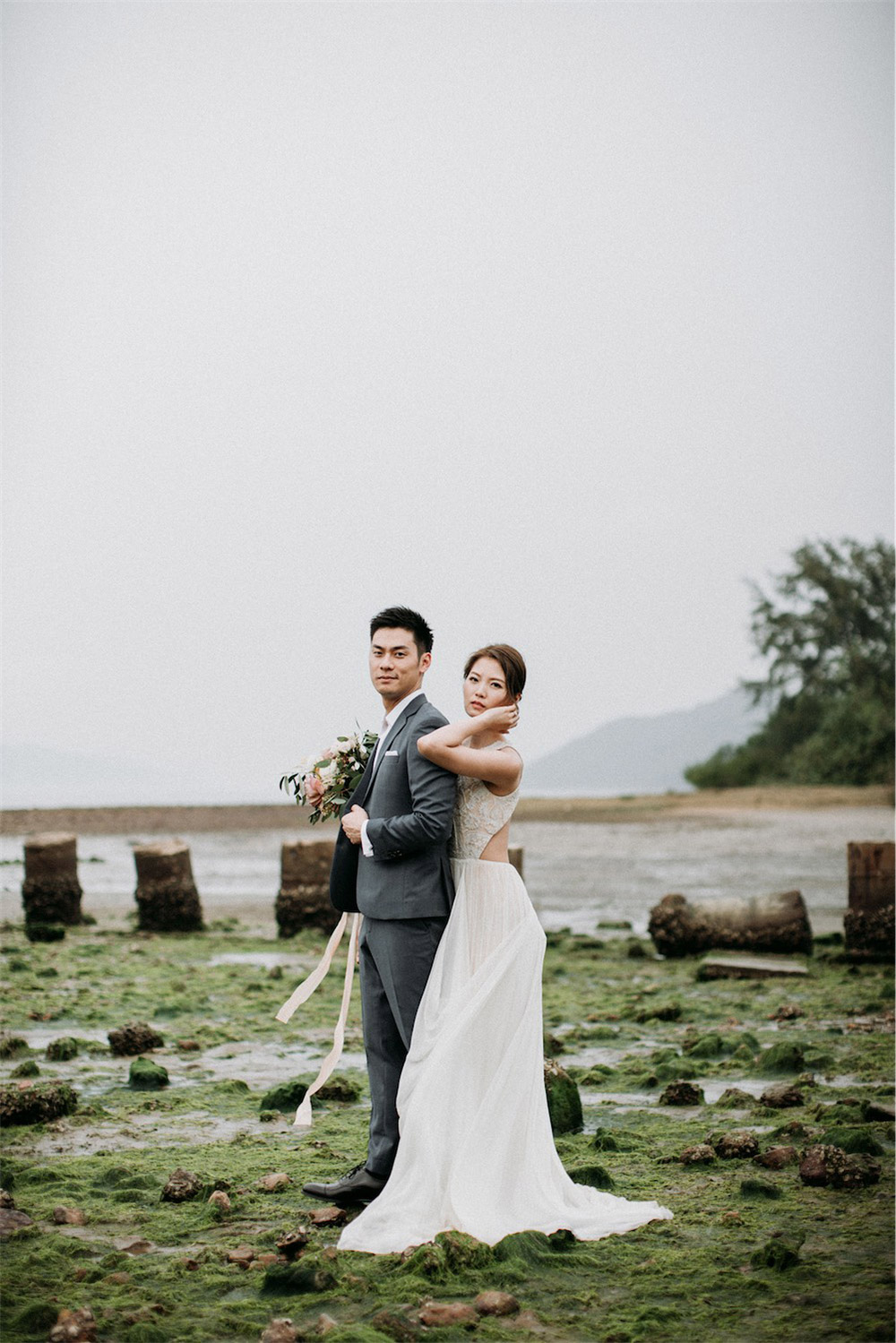 Photo by Sophia Kwan Weddings. www.theweddingnotebook.com